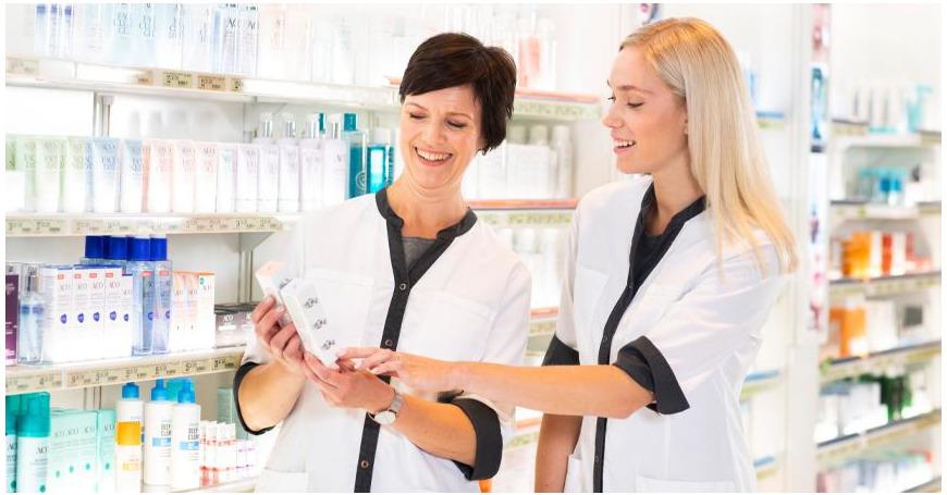 """Tässä ovat kosmetologiemme omat ihonhoitosuosikit – """"Ilman tätä en pärjää"""""""